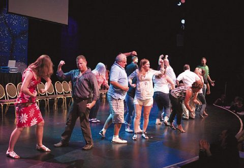 Arranging A Stage Hypnotist Show Along With Comedy